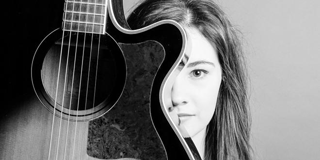Surrey-Based Singer-Song Writer Rebecca-Jayne Makes Some Noise