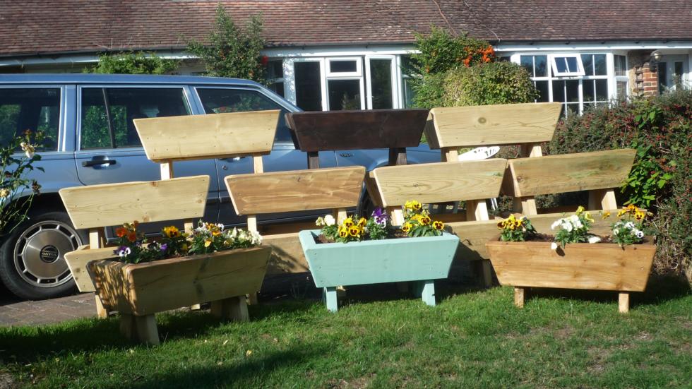 Haywards Heath Lions Club Member Raises Over £2,000 Selling Garden Planters